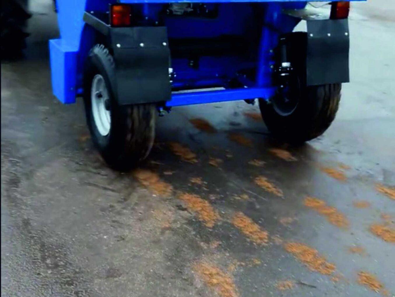 Пескоразбрасыватели для тракторов